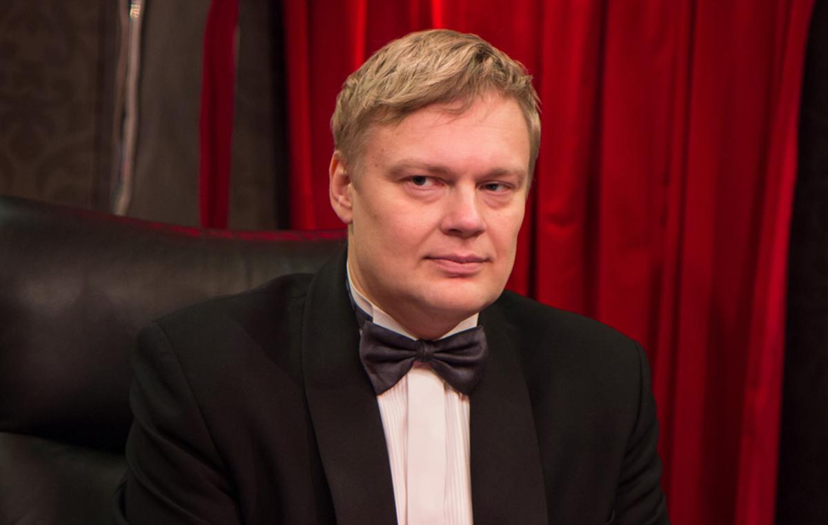 """Mäng mäluga Tiit Naarits moodi. Kes siis """"Eesti mängu"""" ei tea"""